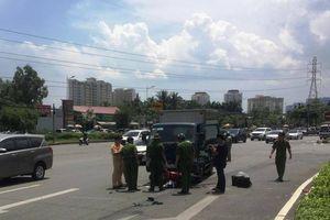 Một phụ nữ bị xe tải tông tử vong trên Xa lộ Hà Nội