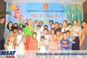 Chi đoàn thanh niên VKSND tỉnh Bình Định tổ chức chương trình mừng Tết Trung thu