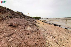 Mưa lớn kéo dài ở miền Trung, Nam Bộ làm tăng nguy cơ ngập lụt