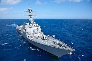 Tàu khu trục Mỹ áp sát Hoàng Sa, thách thức yêu sách của Trung Quốc