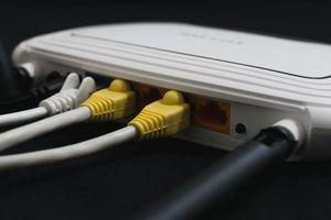 Nhiều router D-Link và Comba dính lỗ hổng nghiêm trọng