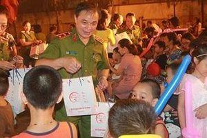 Hơn 600 thiếu nhi vui Tết Trung thu tại Bộ Tư lệnh CSCĐ