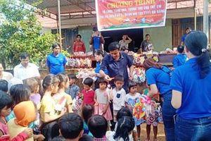 Bình Phước: Tặng quà trung thu cho con đoàn viên khó khăn