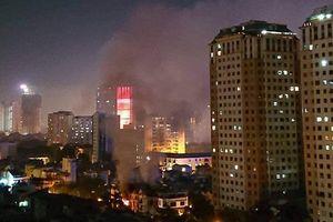 Nửa đêm, ngôi biệt thự 3 tầng ở Khu đô thị Xa La bốc cháy dữ dội