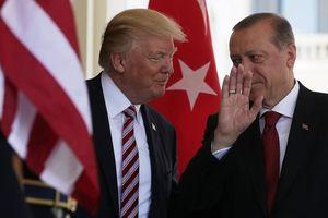 Tin vào quan hệ cá nhân với ông Trump, Tổng thống Erdogan ngỏ ý mua tên lửa Patriot của Mỹ
