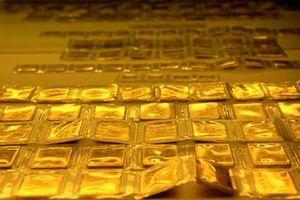 Giá vàng SJC cắm đầu lao dốc, tuột mốc 42 triệu đồng/lượng