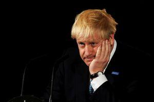 Khoảnh khắc hài hước trong những tuần 'ồn ào' đầu tiên của Thủ tướng Anh