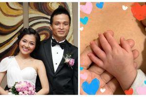 Thanh Ngọc (nhóm Mắt Ngọc) bất ngờ thông báo sinh con trai sau 8 năm kết hôn