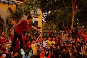 Sinh viên tình nguyện tổ chức Trung thu Cho em tại Đồng Tháp