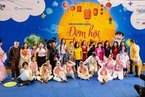 'Đêm hội trăng rằm' cho hơn 300 trẻ tự kỷ -những thiên thần đặc biệt