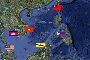 Thẩm phán Philippines: Ông Duterte không có quyền gạt đi phán quyết Biển Đông