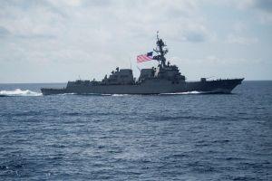 Trung Quốc lên tiếng vụ tàu Mỹ áp sát Hoàng Sa