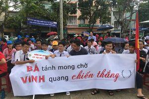 Cần Thơ nóng với hơn 3.000 người cổ vũ Nguyễn Bá Vinh