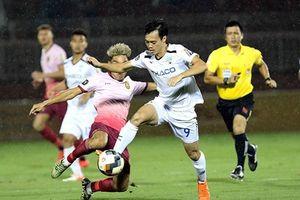 S. Khánh Hòa ngấp nghé xuống hạng, HA. Gia Lai gần hơn tấm vé play-off