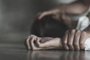 Thiếu nữ tố thầy dạy yoga hiếp dâm: Sau nhiều ngày mới tố cáo... sự thật là gì?