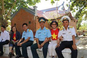Trường Sa - Hoàng Sa trong tim người Việt trên đất Pháp