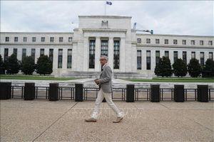Cuộc đối đầu về lãi suất giữa Tổng thống Donald Trump và Fed
