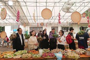Hội chợ 'Vietnam Lah! 2019: Về nhà' mang đặc sản ba miền đến Singapore