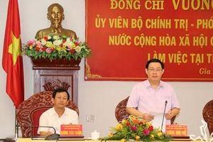Phó thủ tướng Vương Đình Huệ làm việc với cán bộ chủ chốt tỉnh Gia Lai