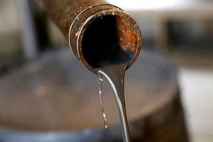 Giá dầu thế giới tăng vọt sau vụ tấn công nhà máy dầu Ả-rập Xê-út