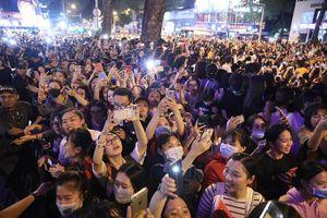Ji Chang Wook hủy show ở VN: Cuồng thần tượng dẫn đến lệch chuẩn giá trị xã hội