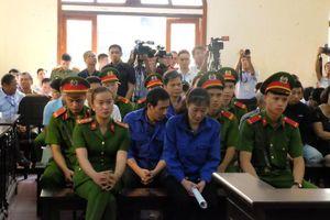Bất ngờ hoãn phiên tòa xét xử vụ gian lận thi cử ở Sơn La