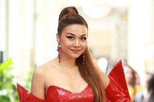 Diện váy cúp ngực khoe body, Thanh Hằng 'chặt chém' xuất sắc dàn thí sinh tại vòng sơ khảo phía Bắc HHHV Việt Nam 2019