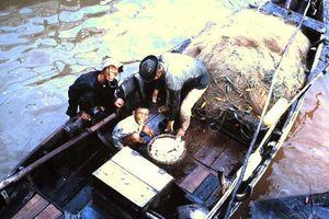 Ảnh cực độc trẻ em Việt Nam năm 1968 của lính Mỹ