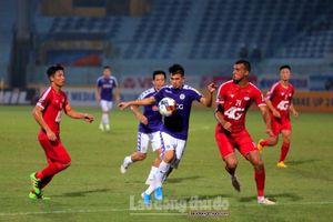 Quang Hải lập cú đúp, Hà Nội tiến gần ngôi vô địch