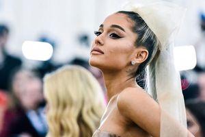 Fan cho rằng ca khúc mới khó lòng #1 Billboard và câu trả lời không thể đáng yêu hơn từ Ariana Grande