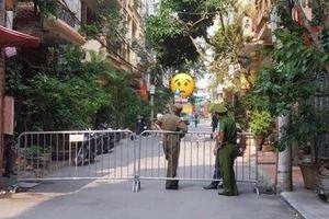 Hà Nội: Thanh niên đâm tử vong 2 nữ sinh rồi nhảy lầu tự vẫn