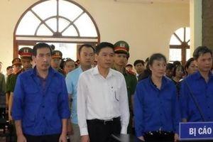 Vắng nhiều nhân chứng, phiên tòa xét xử vụ gian lận điểm thi tạm hoãn