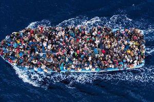 Libya giải cứu 300 người di cư bất hợp pháp trên biển