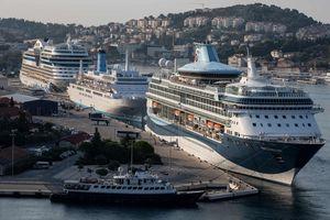 Quá tải du lịch và siêu du thuyền đe dọa nghiêm trọng Địa Trung Hải