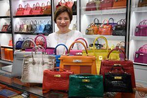 Hermès, Louis Vuitton mất hàng tỷ đô vì nạn hàng fake ở Trung Quốc