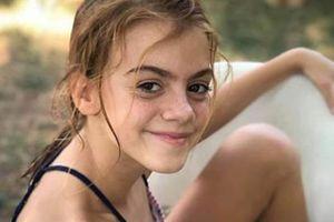 Bé gái ở Texas tử vong vì nhiễm amip ăn não người sau khi tắm sông