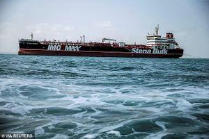 Iran bắt tàu trên Eo biển Hormuz giữa lúc thị trường dầu mỏ sôi sục