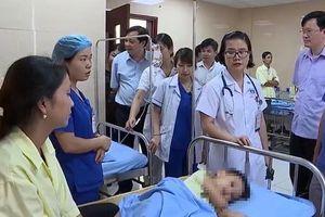 Phú Thọ: Gần 100 trẻ em mầm non nghi ngộ độc thức ăn, vẫn chưa tìm ra nguyên nhân