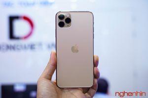 Khui hộp iPhone 11 Pro Max tại thành phố Hồ Chí Minh giá gần 80 triệu