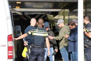 303 fan Pháp bị bắt ở Hà Lan