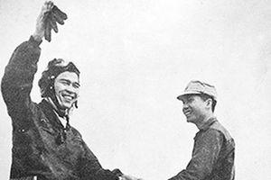 Anh hùng phi công bắn hạ máy bay Mỹ và những số 7 trùng hợp