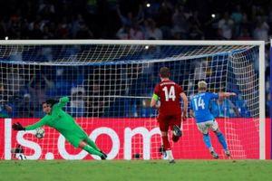 Liverpool và Chelsea cùng vấp ngã