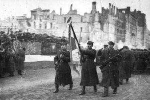 Tranh cãi: Hồng quân Liên Xô đã cùng Đức xâm lược Ba Lan?