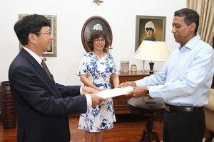 Đại sứ Lê Huy Hoàng trình Thư Ủy nhiệm lên Tổng thống Cộng hòa Seychelles