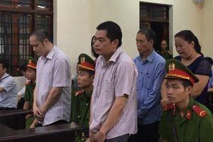 Hoãn xử vụ gian lận thi cử 'nâng điểm vì thân tình' ở Hà Giang