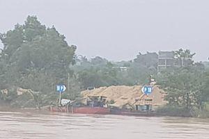 Đồng Nai: Hút cát trên sông, 2 người bị chân vịt của sà lan chém thương vong