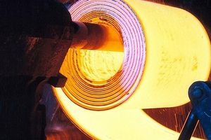 Bộ Tài chính: Chưa tăng thuế nhập khẩu mặt hàng thép cán nóng