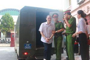 122 người bị triệu tập đến phiên xử gian lận điểm thi ở Hà Giang vắng mặt