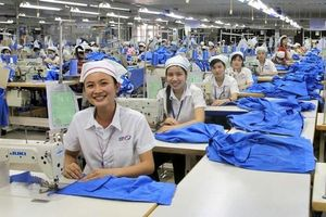 Việt Nam có nhiều cải thiện về vấn đề việc làm cho lao động nữ
