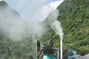 Quảng Bình: Bất chấp 'lệnh cấm' trạm trộn bê tông nhựa vẫn ngang nhiên hoạt động